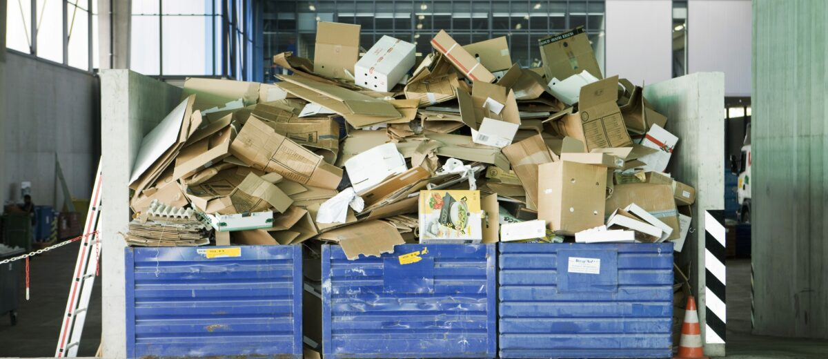 ©Milena Boniek/6PA/MAXPPP ; Bins overflowing with cardboard in recycling center