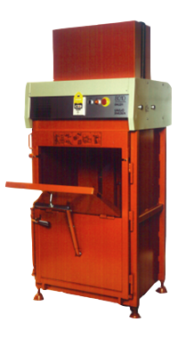 Orwak 8010_fastest baler in the world in the 80s_transparent
